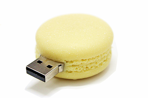 Factory direct sales of the new Macaron U disk dessert shop promotional gift U disk